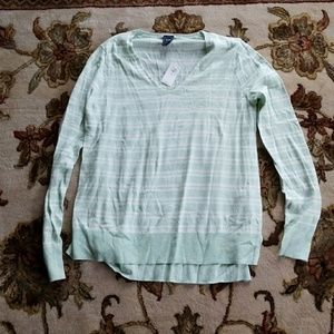 Mint and white gap long sleeved shirt NWT